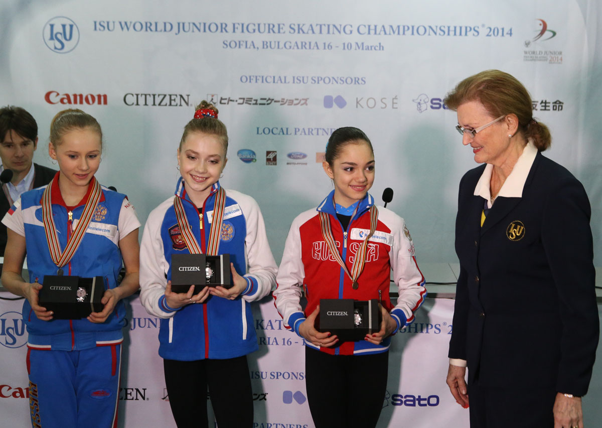 Small medals and Price Giving ceremony, Junior Ladies free program